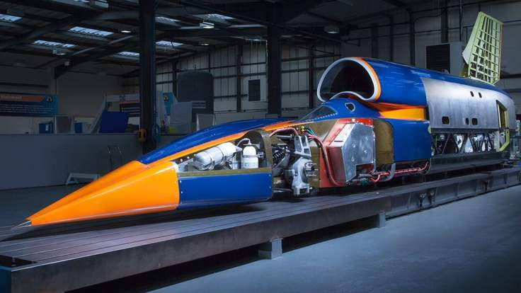 Bloodhound:supersonic car that wants to break records
